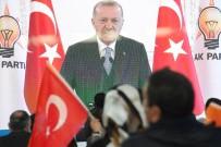 'Bütün Dünyanın Gözü AK Parti'de Ve Türkiye'dedir'