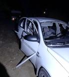 Çakmak Gazı Çekilen Otomobilde Patlama Açıklaması 2 Yaralı