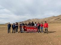 Derik'te Şehit Kaymakam Safitürk İçin Yamaç Paraşütü Etkinliği Yapıldı