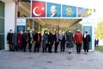 AK Parti'li Kadınların Yeni Başkanı Zeybek