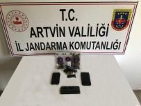Artvin'de Düzenlenen Uyuşturucu Operasyonunda 5 Kişi Tutuklandı