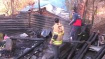 Tunceli'de Bir Kafeterya Yangında Kullanılamaz Hale Geldi