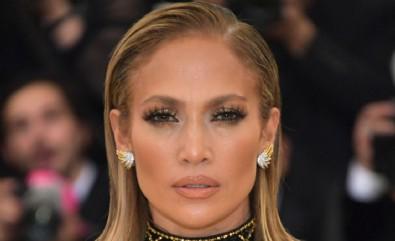 Jennifer Lopez ticarete atıldı!