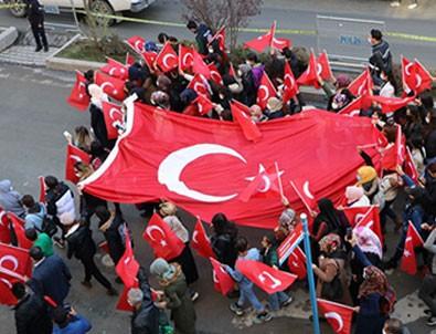 Hakkari'de HDP'yi titreten eylem!