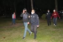 Parktaki Gaspçıları Güvenlikçiler Etkisiz Hale Getirdi