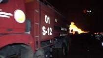 Adana'da Yıldırım Düşen Enerji Tesisinde Çıkan Yangına Müdahale Ediliyor