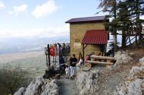 'Başkanın Çardağı'na Turist Akını