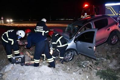 Aksaray'da Otomobille Kamyonet Çarpıştı Açıklaması 4 Yaralı