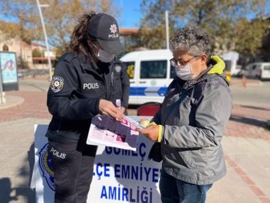 Balıkesir Polisinden Kadınlara 'KADES' Brifingi