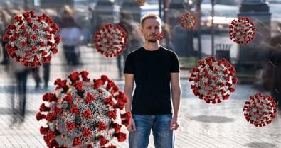 Berlin'de Kısıtlama Ve Aşı Karşıtlarından 'Sessiz Yürüyüş'