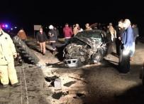 Mardin'de Otomobil İle Traktör Çarpıştı Açıklaması 2'Si Ağır 5 Yaralı