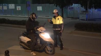 Polis Ekiplerinden 'Sokağa Çıkma Yasağı' Denetimi
