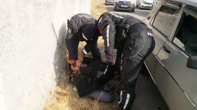 Polisten Kaçan Sürücü Yakalanınca Açıklaması 'Onlar Bizim Büyüğümüz, Atamız'