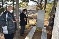 Karaman'da Şehit Öğretmen Mezarı Başında Anıldı