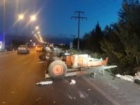 Burhaniye'de Kamyon Ve Traktör Çarpıştı Açıklaması 1 Yaralı