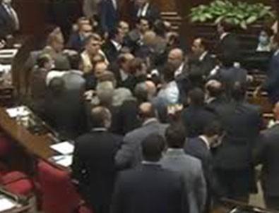 Ermeni Meclisi karıştı!