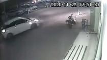 Adana'da Minibüsle 'Korsan Taşımacılık' Yapan Sürücü Polis Denetiminde Yakalandı