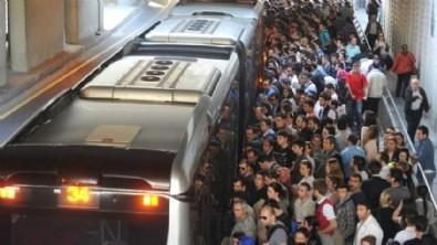 Toplu taşıma virüs yayıyor, İmamoğlu ise hâlâ seyrediyor