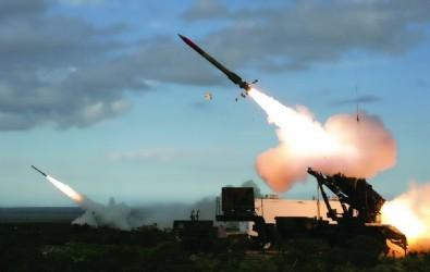 Yunanistan'dan S-300 hamlesi! Füzeleri ateşlediler