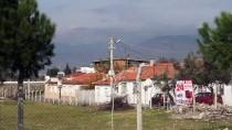 Balıkesir'in Edremit İlçesinde Bazı Binalar Karantinaya Alındı