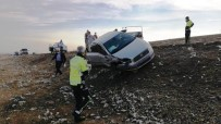 Şanlıurfa'da Otomobiller Çarpıştı Açıklaması 3 Yaralı