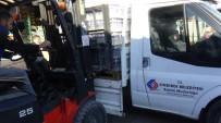 Sındırgı Depremde Zarar Gören İzmir'in Yanında