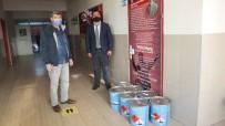 Burhaniye'de Okullara Hayırsever Firmadan Boya Desteği