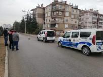 Karaman'da Bir Kadın Komşusu Tarafından Bıçaklandı