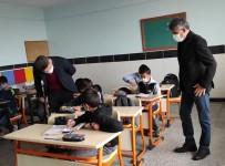Kaman Kaymakamı Özcan Okul Ziyaretleri İle İncelemelerde Bulunuyor