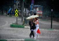 Doğu Karadeniz'de Kuvvetli Yağış Ve Fırtına Uyarısı