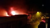 Balıkesir'de Bir Kauçuk Fabrikasında Yangın Çıktı