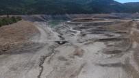 Derinöz Barajı'nda Su Altındaki Eski Köprü Meydana Çıktı