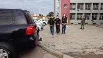 Adana'da Kadının Çantasındaki Cüzdanı Çalan Zanlı Suçüstü Yakalandı
