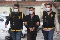 Adres Soran Kadının Cüzdanını Çaldı Suçüstü Yakalandı