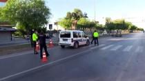 Adana'da İki Motosiklet Çarpıştı Açıklaması 2 Yaralı