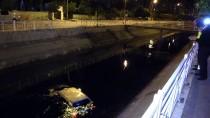 Adana'da Otomobil Sulama Kanalına Düştü Açıklaması 1 Yaralı