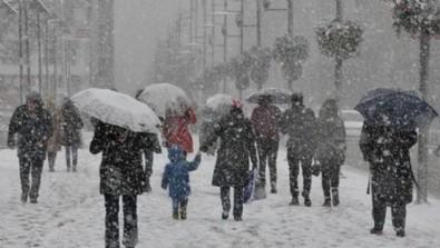 Meteoroloji'den uyarı üstüne uyarı geldi! Kar İstanbul'un kapısına dayandı