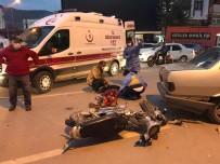 Motosiklete Çarpıp Kaçtı Açıklaması 2 Yaralı