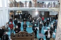 Manyas'ta Cuma Namazı Sonrası Yağmur Duası Yapıldı