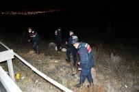 Tüfekten Çıkan Saçmalar Nevşehir Belediye Başkanı Arı'nın Aracına İsabet Etti
