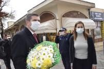 40 Gün Sonra Belediye'de Çiçeklerle Karşılandı, 'Tedbirlere Uyulmazsa Canlar Yanmaya Devam Eder' Dedi