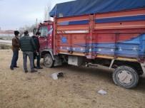 Aksaray'da Kamyonetten Akü Hırsızlığı