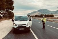 Burdur'da 128 Sürücüye Ceza Yazıldı, 27 Araç Trafikten Men Edildi