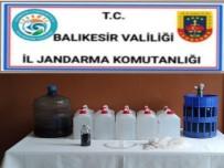 Susurluk'ta Jandarma 50 Litre Etil Alkol Ele Geçirdi
