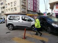 Kazaya Karışan Araç Sürücüsü Ve Yolcuya Kısıtlama İhlalinden Ceza