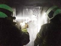 Burhaniye'de Tutuşan Buzdolabı Az Kalsın Evi Yakıyordu