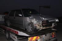 İki Otomobil Kavşakta Çarpıştı Açıklaması 2 Yaralı