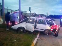 Biga'da İşçi Servisiyle Otomobil Çarpıştı Açıklaması 1 Ölü, 4 Yaralı