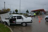 Sinop'ta Kavşakta Kaza Açıklaması 1 Yaralı