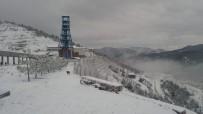Kastamonu'da Beklenen Kar Yağmaya Başladı